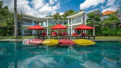 Dijual - Villa Cantik Desain Modern dan Mewah di Jl. Munduk Tengah, Pererenan