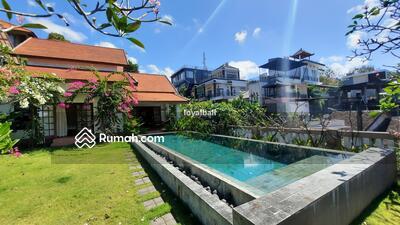 Disewa - 3 Bedrooms Vila Kuta Selatan, Badung, Bali