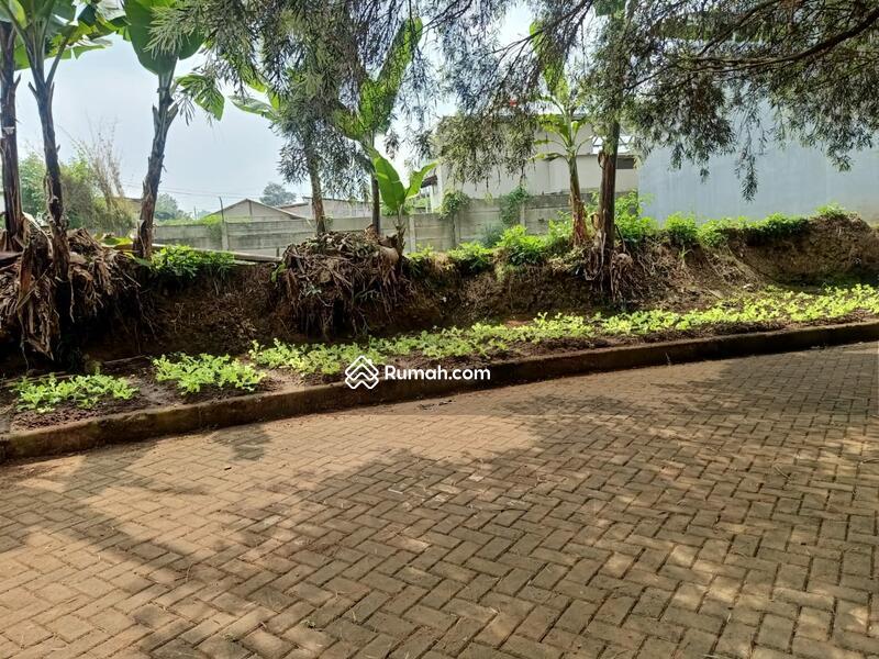 Tanah di Setia Budi Regency  Bandung   posisi Hook  sebagian Masuk komplek sebagian di Badan sisi ja #107380551