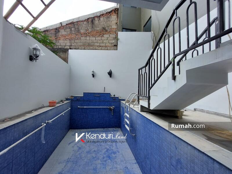 Rumah Mewah Private pool Dekat Tol TB Simatupang dan MRT Lebak Bulus #107422119