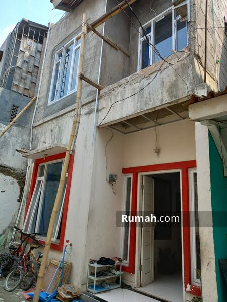 DIJUAL rumah bagus kokoh  murah sekali 2lt baru full renovasi dlm mini cluster balekambang condet #108583231