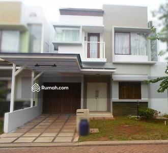 Dijual - Rumah 2 lantai full renov luas 9x17 148m type 3KT cluster Zebrina JGC Jakarta Garden City Cakung