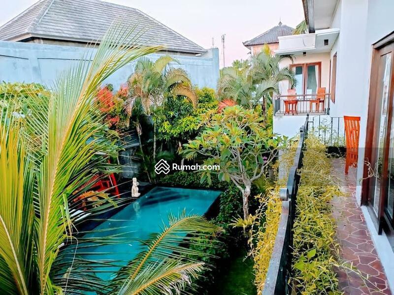 Villa minimalis di mumbul Nusa dua #107586059