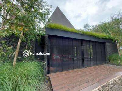 Dijual - Rumah modern karya arsitek Villa Cinere Mas