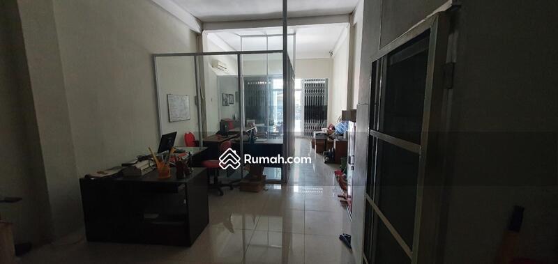 Dijual Ruko 4 Lantai di City Center Jl Prapanca #107638765