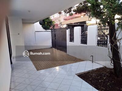 Dijual - Dijual Rumah Tebet Hitung Tanah Luas 305 m2