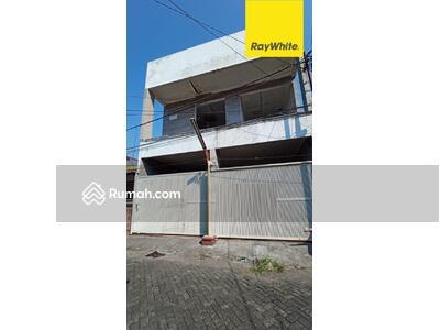 Dijual - Dijual Rumah 3 lantai di Mulyosari Tengah, Surabaya
