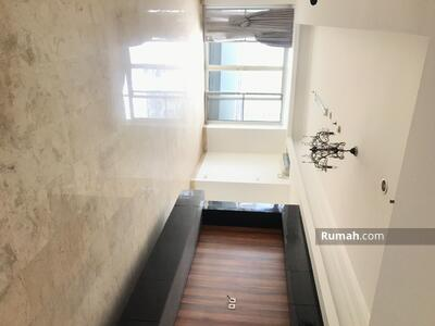 Dijual - For sale apartemen parama tb. simatupang