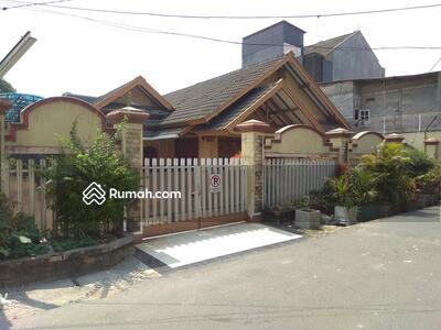 Dijual - DIJUAL MURAH RAMAH LAYAK HUNI HITUNG TANAH SAJA Di Cipinang Jaya Jakarta Timur Nyaman Tidak Banjir