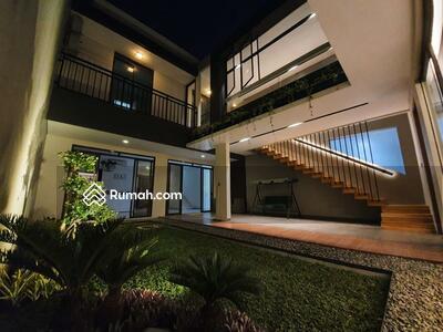 Dijual - Dijual Rumah Mewah Design Lux di Kota Baru Parahyangan