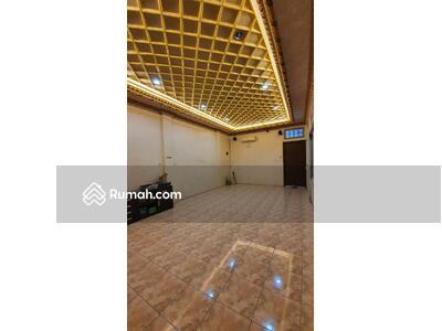 Dijual - BANDENGAN, RUMAH TERUNIK Lt 6x15m2, Rp 2, 6M nego