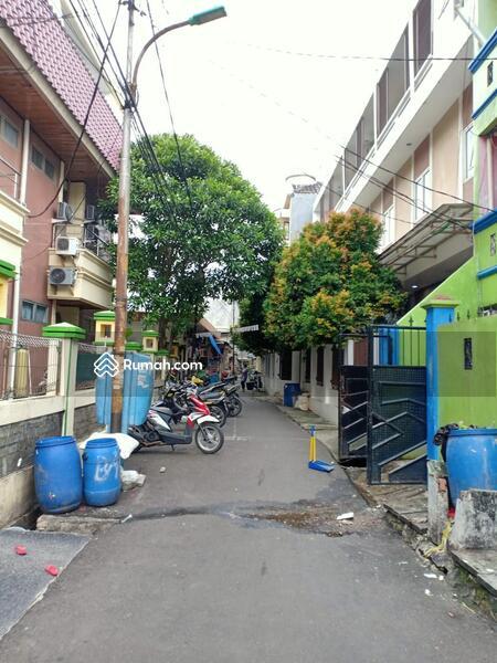 Rumah tua hitung tanah cocok untuk rumah tinggal atau kos2 an di tanjung duren jakarta barat lebar 9 #108039435