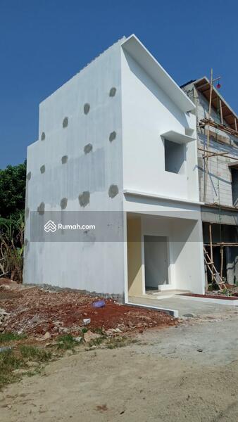 Rumah 2 lantai, 1 km ke tol TB. Simatupang,  stasiun tanjung barat, busway, rs, obyek  wisata, mall #108081223