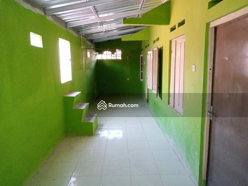 Rumah di kawasan Manahan tengah Kota Solo #108130485