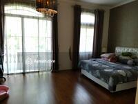 Dijual - LIKE NEW ! ! Rumah PIK Venice 8x15 Full Bangunan - Full Furnish & Interior