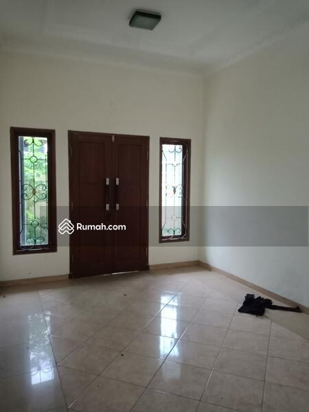 Disewakan Rumah di Pulo Asem  Jakarta Timur #108185729