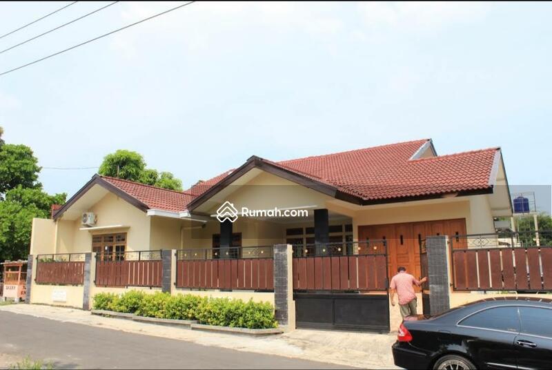 disewakan homestay luas full furnish kolam renang pribadi di purwomartani #108219033