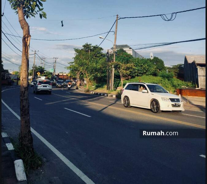 Premium land in west denpasar, Jl mahendradata, Bali. #108257185
