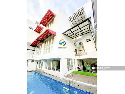 Dijual - PONDOK KELAPA | Rumah Baru Minimalis ada Kolam Renang Bagus Siap Huni.