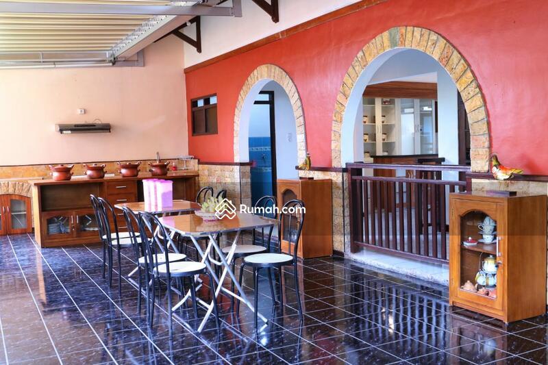 Rumah mewah cocok untuk homestay Dan hunian, full furnished di magelang kota #108353649