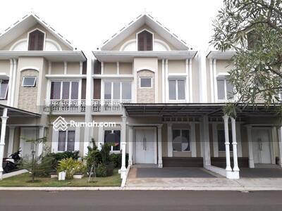 Dijual - Rumah siap huni 2 Lantai 8x15 120m Type 3+1KT di Cluster Thames JGC Jakarta Garden City