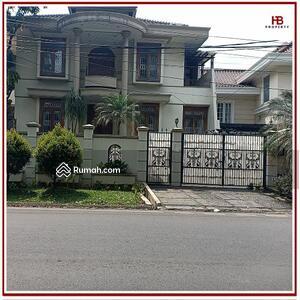 Dijual - DD-246 : Rumah dijual di PONDOK INDAH