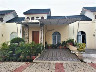 Dijual - Rumah Mewah di Bogor Lengkap Fasilitas