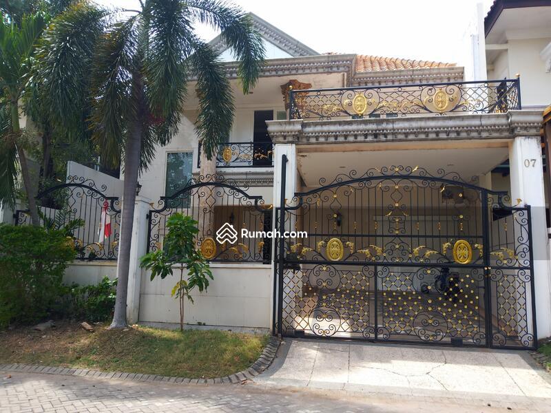 Jual Rumah Graha Family model Klasik dekat Club House murah #108542899
