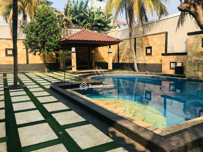 Rumah Luxury LT2500 Siap Huni Harga Termurah Carport Bisa 15 Mobil Dan Kolam Renang Pribadi #108585717