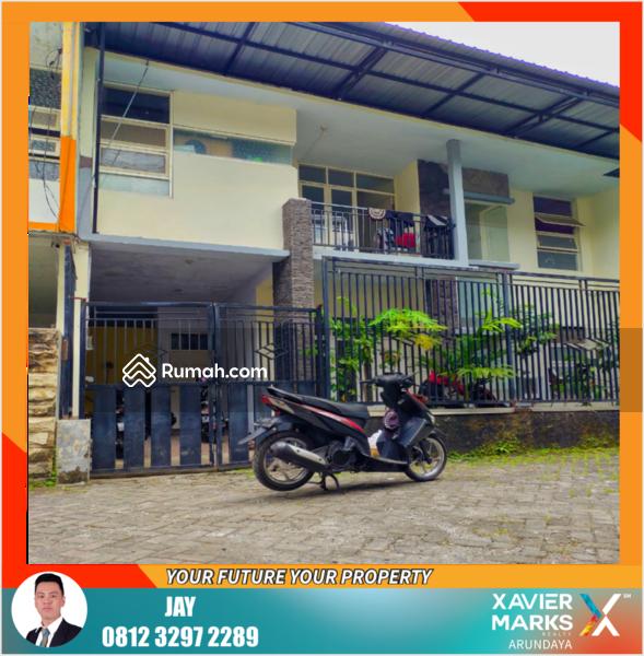 Rumah Kos 2 Lantai Minimalis Modern dekat Universitas Jember #108597877