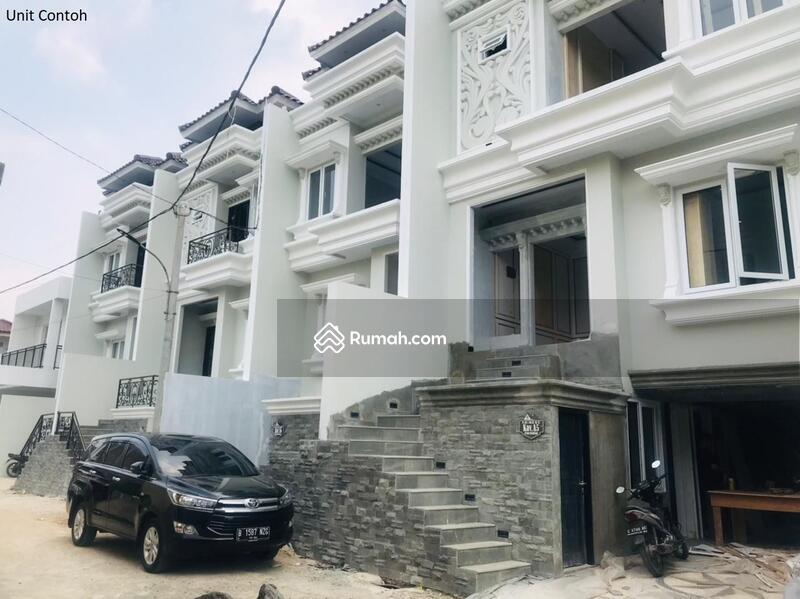 TownHouse Classic 8 Unit Indent Di Jl. Raya Cilandak KKO With Private Pool Harga Promo Termurah #108666011