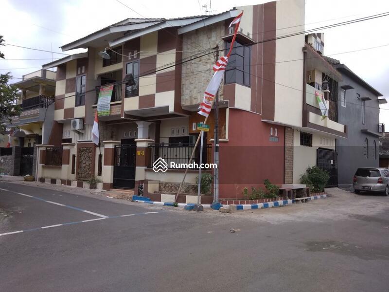 jual rumah kos di jember   area kampus #108679583