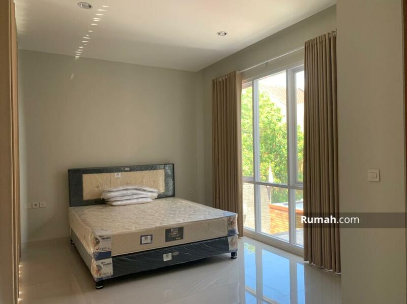 Rumah Baru Minimalis Lokasi Denpasar #108695503