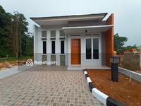 Dijual - 10 menit terminal Jati Jajar! Rumah mewah DP 0% sisa 19 unit! Klik sebelum habis! SHM
