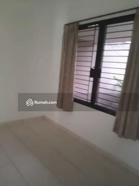 Rumah di Cluster Serenade Lake, Paramount Land Serpong, Tangerang #108783501