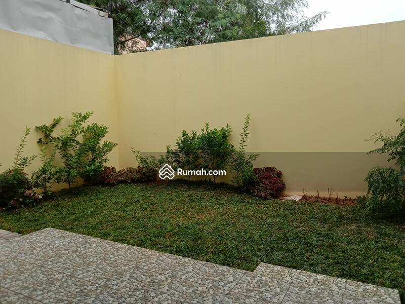 Dijual rumah siap huni di Heliconia harapan indah Bekasi #108793839