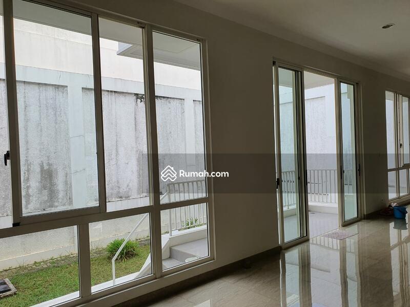 Rumah di Cluster Amethys Pondok Hijau Golf Summarecon Serpong #108937539
