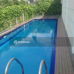 Dijual - Mewah baru kolam renang 2M-an Cilandak