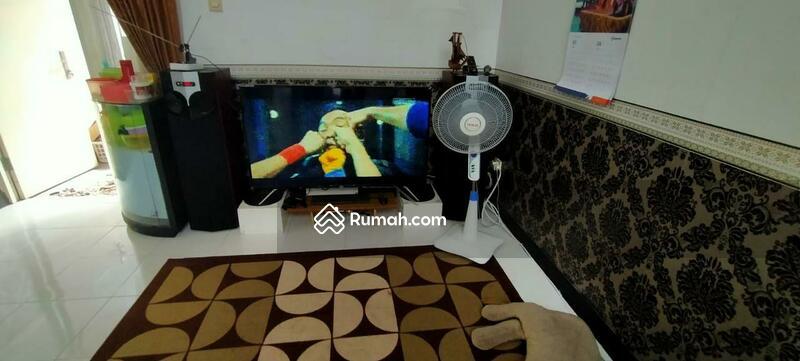 Rumah siap huni full furnish sidoarjo, cluster Valencia puri surya jaya, lingkungan nyaman #108993767