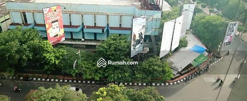 Ruko di Simpang Lima Semarang #109019733
