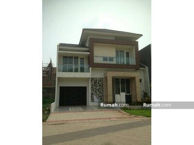 Disewa - 5 Bedrooms Rumah Bintaro, Tangerang Selatan, Banten