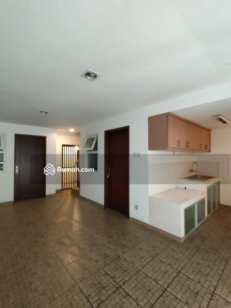 Dijual Cepat Town House Terdiri dari 4 Unit Rumah 3lt Siap Huni Murah Strategis, Nyaman di Cilandak #109141281
