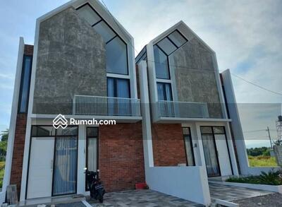 Dijual - Rumah Villa Dau Joyoagung
