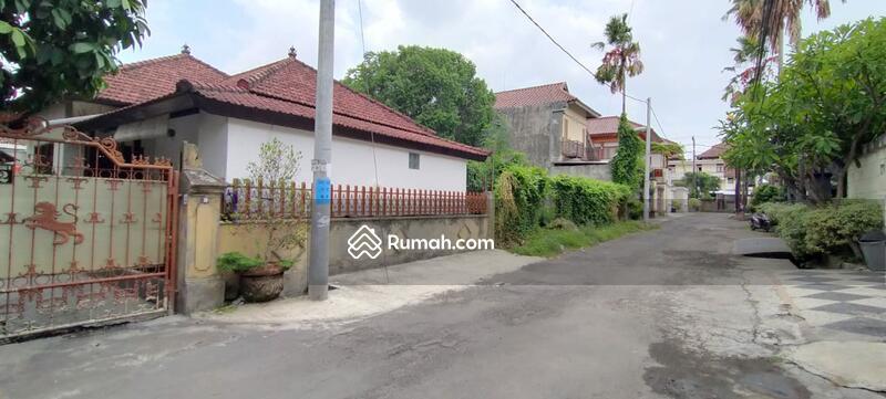 Renon ~ Tanah  848 m² bonus bangunan rumah layak huni sudah ada IMB #109156969