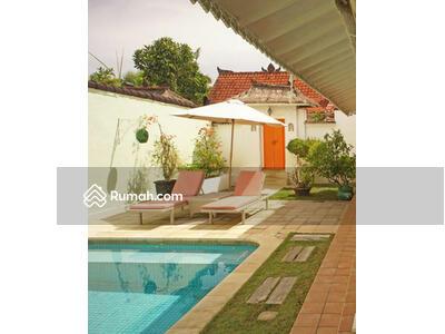 Disewa - BALIKUBU. COM | AMR-414. VL. HTD. SN-2 Sanur 2-BR Retro Villa Rent Monthly Jl Bypass Sanur