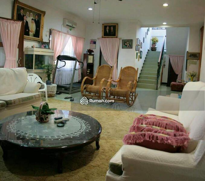 Dijual Rumah Super Strategis dan Super Deal (Hitung Tanah Saja) di Mampang Prapatan Jakarta Sltn #109197523