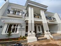 Dijual - Dijual Rumah classic mewah dengan rooftop lokasi strategis di tanah baru dekat tol