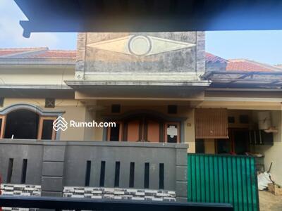 Disewa - Dikontrakan/ disewakan rumah manis siap huni dekat jalan raya tengah condet jaktim