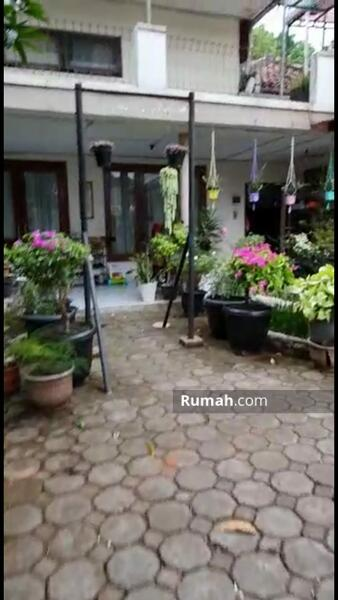 Dijual Rumah Sangat Luas Dan Nyaman di Sayap Riau Bandung #109241385