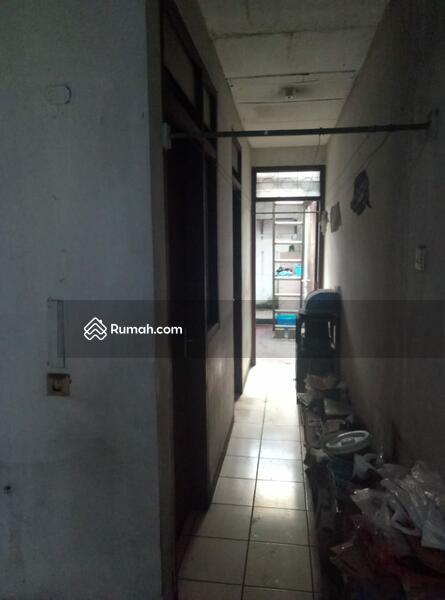 Jual Cepat (Mau Bagi Waris) Rumah Tua dgn Lokasi Strategis di Sayap Riau #109256191